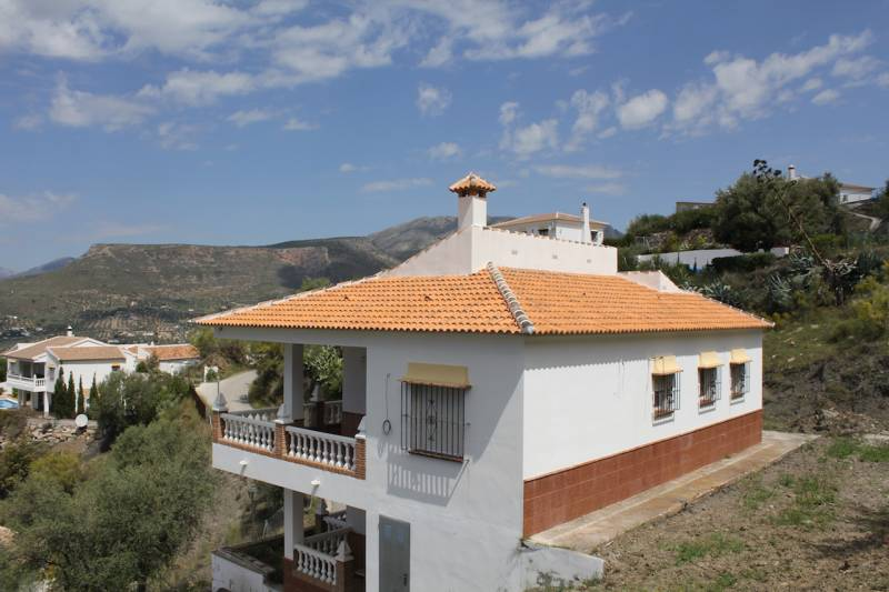 Alcaucín, Malaga, Andalucia, Spain 29711, 3 Bedrooms Bedrooms, ,3 BathroomsBathrooms,House/Cottage,For sale,3638