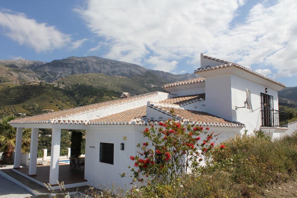 Sedella, Malaga, Andalucia, Espagne 29715, 3 Chambre(s) Chambre(s), ,3 Salles de bainsSalles de bains,villa,Location de vacances,3700