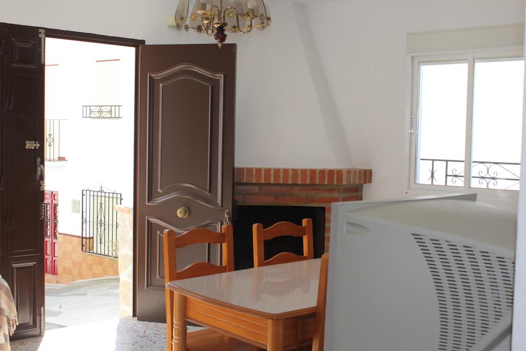 Teniente Fernandez Perez,Canillas de Albaida,Malaga,Andalucia,Spain 29755,2 Bedrooms Bedrooms,1 BathroomBathrooms,Townhouses,Teniente Fernandez Perez,3744