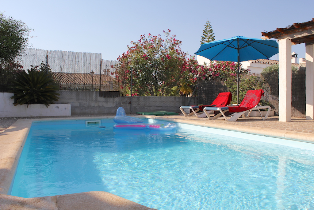 Puente de salia- Alcaucín- Malaga- Andalucia- Spain 29711, 2 Bedrooms Bedrooms, ,1 BathroomBathrooms,House/Cottage,Vacation Rental,Puente de salia,3813