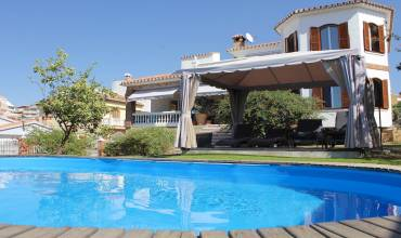 6 El Romeral, Vélez-Málaga, Malaga, Andalucia, Spain 29700, 4 Bedrooms Bedrooms, 4 Rooms Rooms,2 BathroomsBathrooms,Villa,For sale,3825