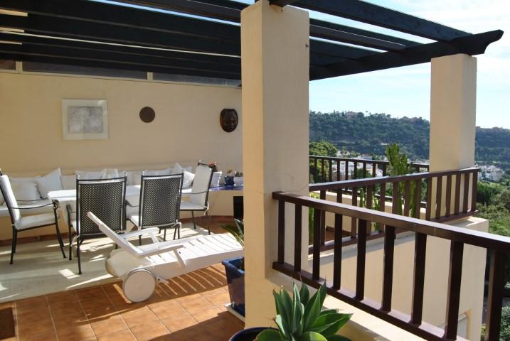 Benahavís, Malaga, Andalucia, Spanien 29679, 2 Schlafzimmer Schlafzimmer, ,2 BadezimmerBadezimmer,Wohnung,Zum Verkaufen,3853
