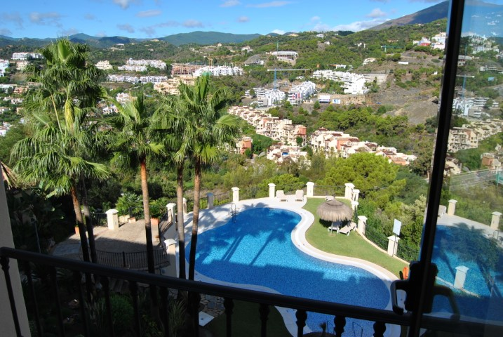 Benahavís, Malaga, Andalucia, Spain 29769, 2 Bedrooms Bedrooms, ,2 BathroomsBathrooms,Apartment/Flat,For sale,Buenavista de La Quinta,3856