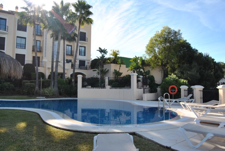 Benahavís, Malaga, Andalucia, Spain 29670, 2 Bedrooms Bedrooms, ,2 BathroomsBathrooms,Apartment/Flat,For sale,Buenavista de La Quinta,3859