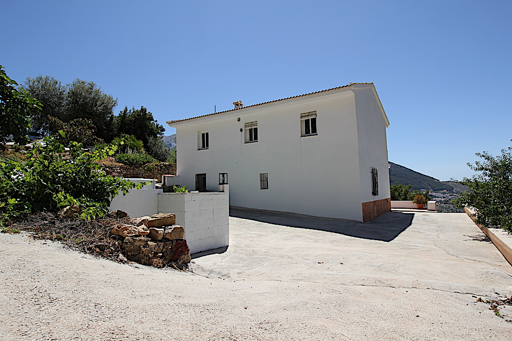 Alcaucín, Malaga, Andalucia, Spain 29711, 6 Bedrooms Bedrooms, ,2 BathroomsBathrooms,House/Cottage,For Rent,3945