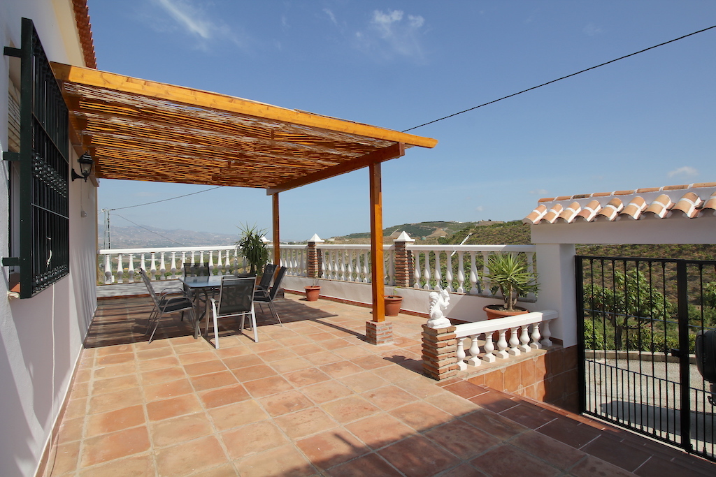 Benamocarra, Malaga, Andalucia, Spain 29719, 3 Bedrooms Bedrooms, ,1 BathroomBathrooms,House/Cottage,Vacation Rental,3946