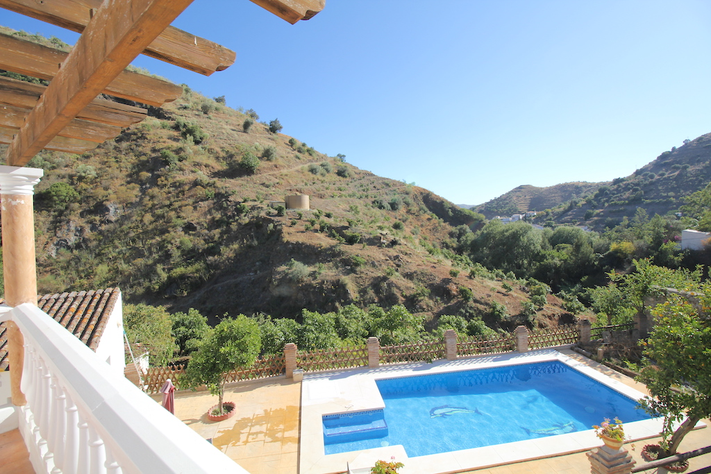 Canillas de Aceituno, Malaga, Andalucia, Spain 29716, 3 Bedrooms Bedrooms, ,1 BathroomBathrooms,House/Cottage,Vacation Rental,3953