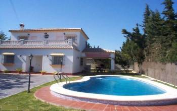 Chiclana de La Frontera,Cadiz,Andalucia,Spain,4 Bedrooms Bedrooms,4 Rooms Rooms,2 BathroomsBathrooms,Villa,CHICDLF1762,1762
